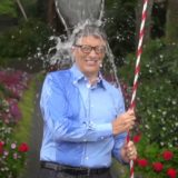 Bill Gates participando do #ALSIceBucketChallenge